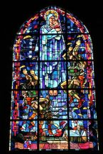 Paratrooper_Window,_St_Mere_Eglise_church1