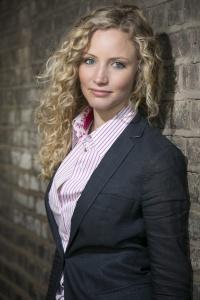 Dr. Suzannah Lipscholbm