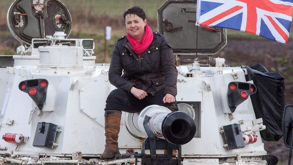 344223-scottish-conservatives-leader-ruth-davidson-on-a-tank-close-ge15-uploaded-april-29-2015-quality-news